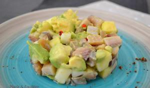 Salade de hareng, avocat, pomme verte et radis noir