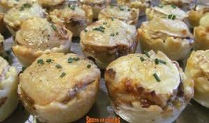 Bouchées au confit d'oignons et fromage de chèvre