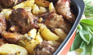 Agneau et pommes de terre au four