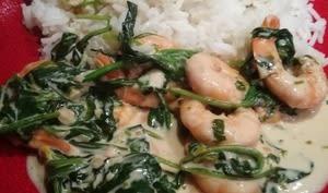 Crevettes sautées aux jeunes pousses d'épinard à la Thaï