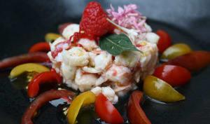 Salade de langoustines aux framboises et sa vinaigrette au citron vert et pépins de tomates