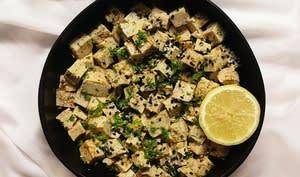 Salade de tofu exotique