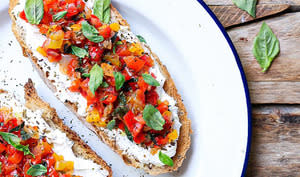 Labneh toasts