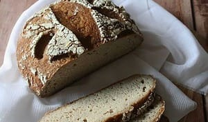 Pain quinoa-coco au levain sans gluten
