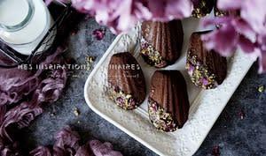 Madeleines sans sucre ajouté au cacao et noisettes