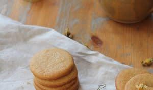 Sablés au beurre salé, miel et camomille