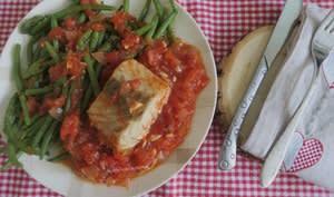 Filet de lieu noir en sauce tomate épicée