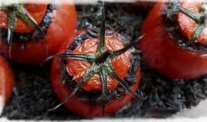Tomates Farcies aux Chipirons à l'Encre