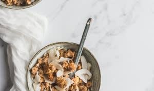 Granola aux noix de cajou et noix de coco
