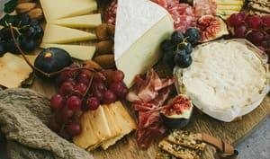 Plateau de fromage et charcuterie