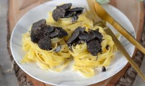 Pâtes à la truffe noire fraîche