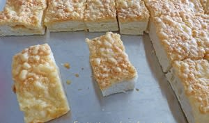 Fougasse aux trois fromages