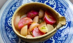 Navets à la vapeur, sauce au yuzu