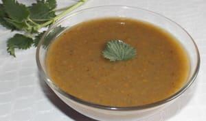 Soupe aux carottes, pommes de terre et orties