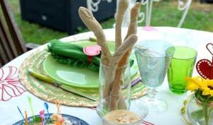 Apéro dinatoire ou buffet, soupe froide, crème brûlée courgette pavot et tuiles parmesan