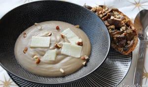 Velouté aux champignons et parmesan et tartines gourmandes