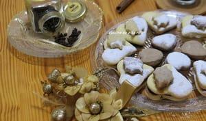 Biscuits sablés cannelle girofle chocolat et confiture d'orange