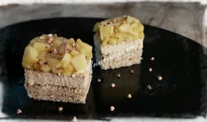 Tatin de foie gras aux pommes et sarrasin