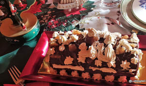 Bûche de Noël au chocolat et marrons