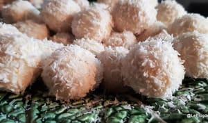 Truffes à la noix de cajou, coco et citron