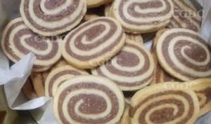 Biscuits spirales au chocolat et noisettes