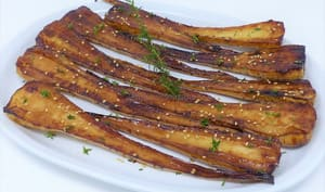 Panais rôtis, caramélisés au soja et au sirop d'agave