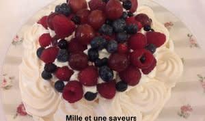 Pavlova et ses fruits rouges