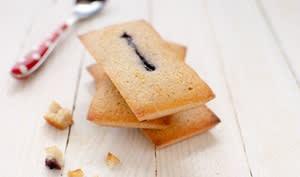 Financiers sans gluten à la châtaigne et aux myrtilles sans gluten