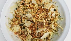 Salade de fenouils, sauce aux anchois