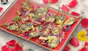 Fleurs et sauge en beignets