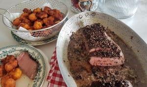 Rosbif ou rôti de boeuf aux poivres