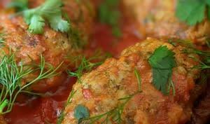 Riz kofteh à la sauce tomate épicée