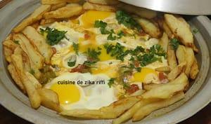 Tajine aux frites poivrons ail et tomates grillés et lijotés