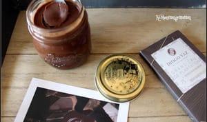 Pâte à tartiner au chocolat et noisettes sans sucre ajouté