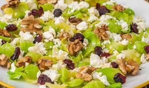 Salade de feuilles de choux de Bruxelles