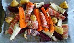 Plaque de légumes racines grillés