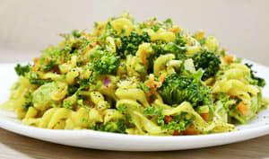 Salade alcaline de légumes et pâtes