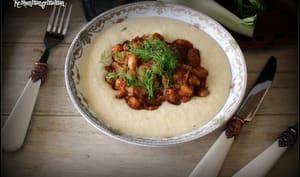 Haricots borlotti en sauce tomate au fenouil et polenta crémeuse