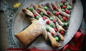 Sapin de Noël feuilleté à la pâte à tartiner