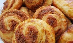 Pâte à couque et spirale feuilletée au pralin maison