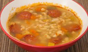 Soupe aux flageolets, pâtes et légumes