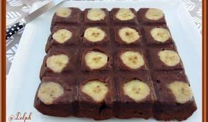 Brownie, chocolat, banane et noix de pécan