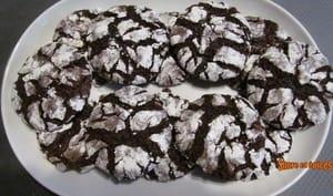 Biscuits craquelés au chocolat - Recette en vidéo