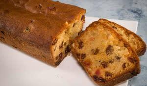 Cake fruits confits raisins secs