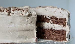Gâteau au chocolat à la crème pralinée