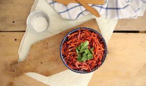Salade betterave carotte à la noix de coco