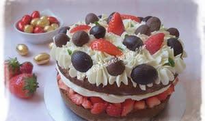 Gâteau de Pâques Vanillé aux Fraises