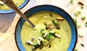 Velouté de brocolis amandes coco