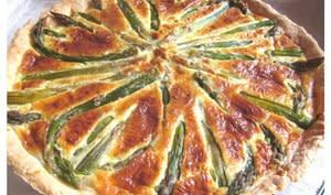 Tarte aux asperges vertes, Caprice des Anges, parmesan et origan - www.sucreetepices.com