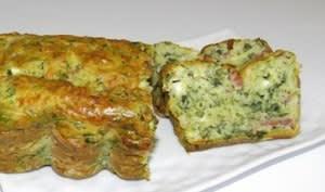 Cake aux fanes de radis, lardons et chèvre